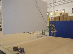 Installing an Interior Wall Partition on the Pennwest/Manorwood Homes Assembly Line