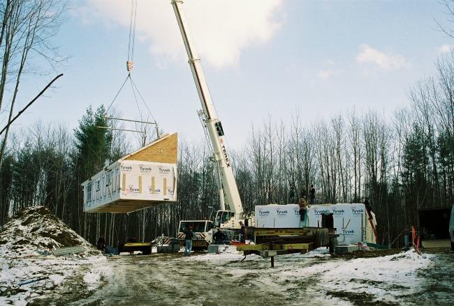 Building in the winter is a particularly viable option when building a modular home, since the modules are built in a climate controlled factory.